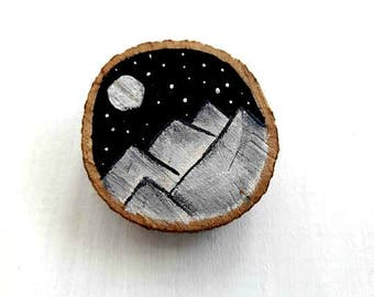 Mountain Jewelry, Wooden Brooch, Mountain Brooch, Mountain Lover Gift, Natural Wood Slice, Nature Lover Gift, Hiking Gift, Moon Brooch