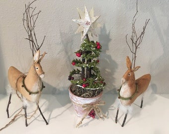 Primitive Reindeer - Holiday Reindeer Display - Handmade Christmas Decoration - Holiday Room Decoration - Reindeer with Bells -