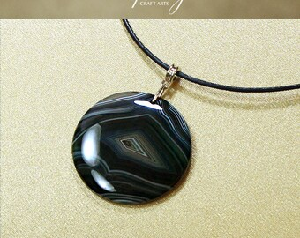 Protection pendant, Black Onyx Agate pendant necklace, Round pendant necklace, Protection Jewelry, Negativity Neutralizer,InfinityCraftArts