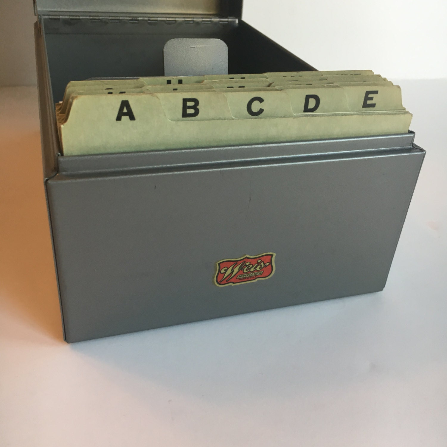 Kleiderstander Weis Metall ~ Weis metal index card file box w a z dividers and cards