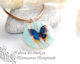 Butterfly Necklace, Butterfly Glass, Butterfly Jewelry, Fused Glass Butterfly, Blue Butterfly, Gift for Girl, Insect, Butterfly, Round