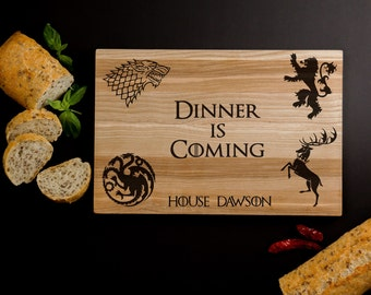 Game of Thrones cutting board – «Dinner is coming» cheese board GOT inspired – Laser engraved Christmas present best gift for men