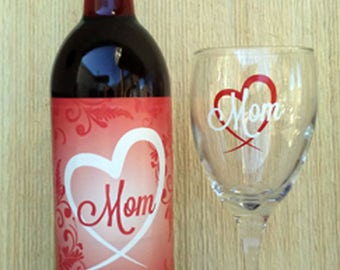 Mom Wine Glass with Label
