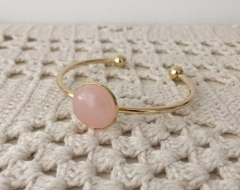 Gold Rose Quartz Bracelet , Gold plated open bangle with pink rose quartz cabochon , Modern Everyday Jewelry.