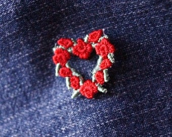Tiny Red Rose Heart Patch / Vintage Jacket SewingPatches / Red Roses Love Heart / Sewing Patch Jeans Jacket Bag / Vintage Love Tiny Heart