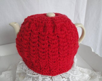 red wool tea cosy, pure wool tea cozy, hand-knit tea cosy, 4-cup teapot cover, scarlet teapot cosy, luxury knit teacozy, cable design cosy