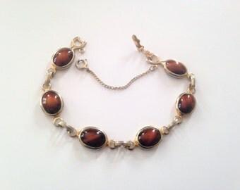 Vintage Sarah Coventry Tiger Eye Bracelet, Signed Sarah Coventry Cabochon Link Bracelet, Brown Tiger Eye, Glass Stones, Gold Tone Metal