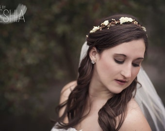Bridal Gold Head Wreath - Gold Flower Crown - Gold Wedding Headpiece - Floral Hair Circlet - Boho Bridal Headdress - Ivory Floral Crown