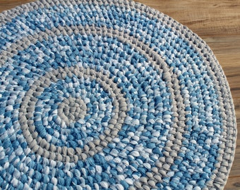 37 round amish knot rag rug toothbrush rug multi color for Farmhouse style kitchen rugs