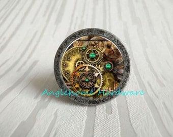 Steampunk Gear   Drawer Knobs Pulls Handles / Kitchen Cabinet Knobs Handle  Pull / Antique Brass