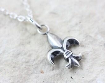 Sterling Silver Fleur-de-lis Necklace, Fleur-de-Lis charm - Silver Fleur De Lis pendant. Fleur De Lis Jewelry. French Lily Flower