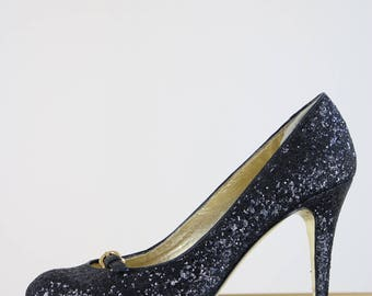 "1990s Sequin Pumps - Black - Juicy Couture High Heels - Designer - Court Shoes - Front Buckle - Size 7 Made in Italy - 3.5"" Heel Gold Sole"
