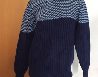 Lane Crawford by McGeorge Scottish Knitted Wool Sweater, Made in Scotland Size 36' 92cm