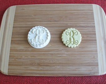 Vine Monogram Single Letter Cookie Cutter Fondant Embosser Personalized Icing Frosting Biscuit Stamp Wedding Cake Fondant Embossing Stamp