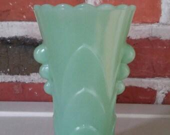 Vintage Jadeite Green Vase Art Deco Nouveau Colored Milk Glass Fire King Pyrex Retro