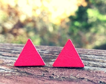 Red Triangle Wood nickel-free earrings - 17mm