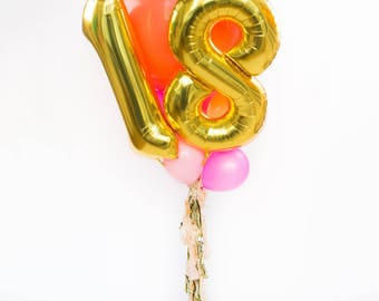 18th Birthday Balloon Bouquet with Tassel / 18 Balloon Numbers / Gold Giant Number Balloons / Gold Foil Mylar Balloons / Party Balloons