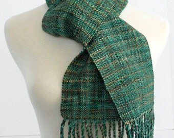 green hand woven scarf, wool scarf, mother's day gift , St Patrick's Day, winter scarf, gift for her, hand made by SpunWool