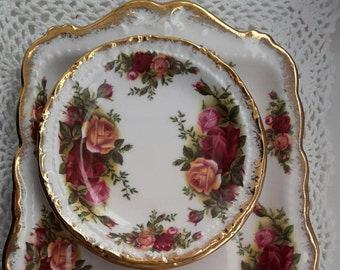 Reserved for Karen Royal Albert Old Country Roses Sandwich Tray Server and six Coasters first quality