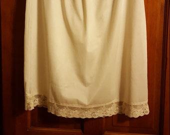 70's Ivory Lace Trimmed Nylon Half Slip