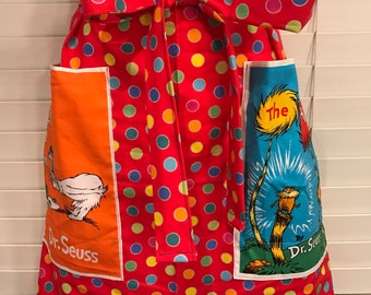 Apron Dr. Seuss / Lorax Apron / Green eggs and ham apron / Seuss book covers fabric pockets