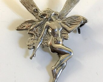 A Stunning Vintage  925 Sterling Silver Fairy Brooch