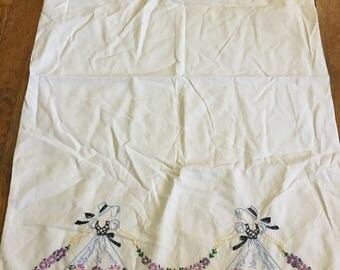 Vintage Embroidered Pillowcase With Southern Belles And Flower Garlands