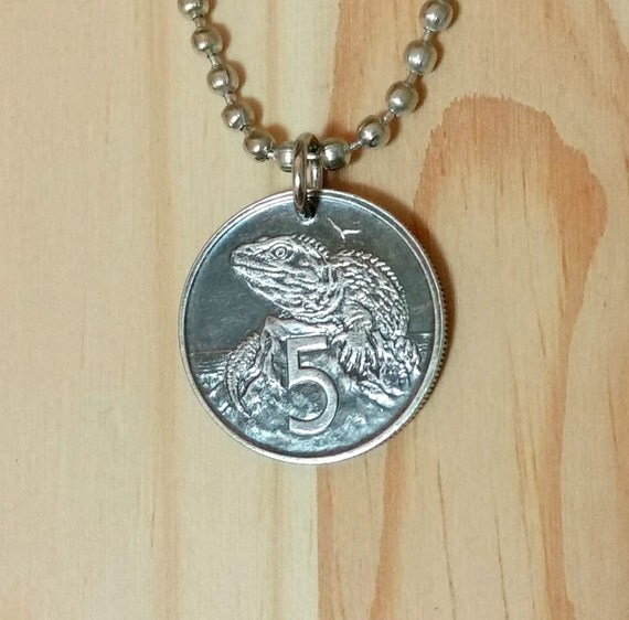 lizard coin pendant necklace new zealand coin pendant iguana