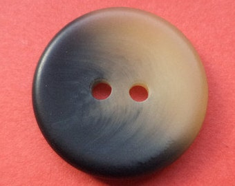9 buttons beige black 20mm (233)