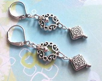 Dangle Earrings / Boho Earrings / Bohemian Jewelry / Bead Earrings / Silver Earrings / Gift for Her / Bohemian Jewelry
