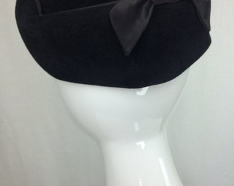 Vintage Velvet Hat with Satin Bow Pillbox Hat Retro Hat