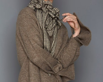 Cisse - Brown Collar Scarf, Button on Scarf, Rew Clothing