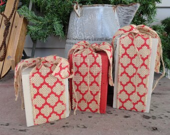 3 Piece Painted Wood Block Christmas Gift Set w/ Red Burlap Ribbon & Jute Twine, Country Holiday Gift Wood Post Set,Farmhouse Holiday Decor