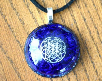Orgone Pendant Necklace Sacred Geometry/Flower of Life Blue Crystal Healing Energy Jewelry EMF Protection
