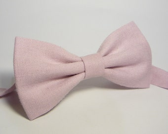 Light pink bow tie, mens pink bow tie, boys light pink bow tie, baby pink bow tie bow tie, toddler pink bow tie, pink bow tie, light pink
