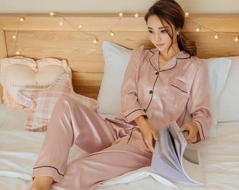 Pajama Set, Sleeping wear, Silk Satin, Wedding Gift, Getting Ready Robe,bridesmaid gift,bridal shower,get ready robe,gift,pajama,SIZE:L
