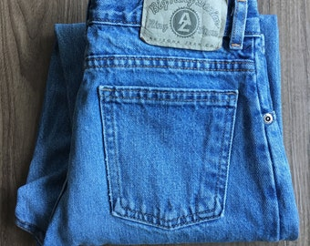 Vintage Arizona Jean Co. High Waist Jeans // size 24