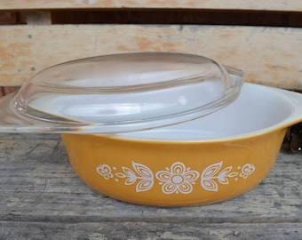 Vintage Pyrex Oval Baker, Butterfly Gold, Casserole Dish, Mid Century, 1.5 Liter, 1960s, Oven Proof, Mothers Day Gift, Gift for Him