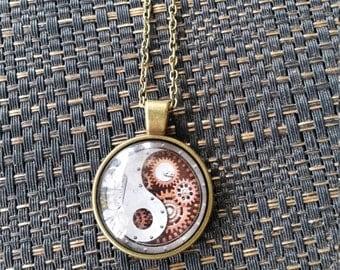 Cabochon Yin Yang Pendant Necklace