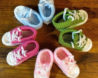 crochet converse-inspired baby boots (3-6months)