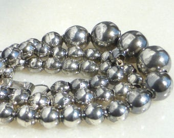Mexican Sterling Silver Bench Ball Bead Necklace, 16 inch (40.6 cm)