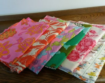 DESTASH  -  Vintage Fabric Scraps 40s 50s 60s Retro Pink Red Yellow Warm Colors Old Skirts