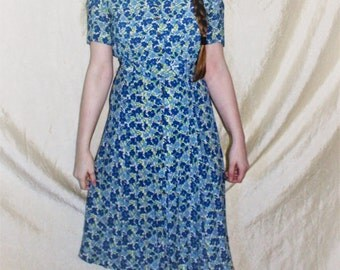Vintage Rayon 1940's Print Day Dress L'Aiglon Blue Floral Print 36-26-40