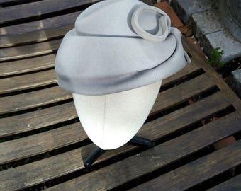 Grey felt vintage bibi