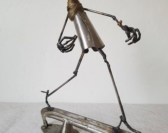 ANNA WINTOUR Scrap metal Art - Sculpture welding by the Atilleul
