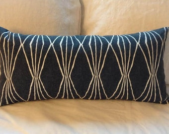 Graphic  pillow / Insert Included