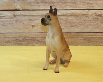 Vintage Dog Figurine Great Dane, Resin Lifelike Brown Black Nose Seated Dog Puppy,Decorative Animal Art,Retro Great Dane Statue,Shelf Sitter