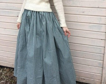 "Green cotton skirt ""Scottish cage"""