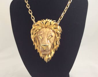 ace on Textured Chain ideal  LEO Birthday RAZZA? unsigned