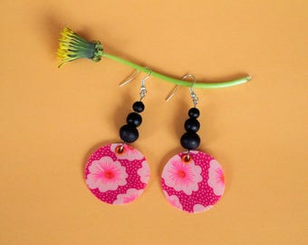 Wood fabric and beads earrings